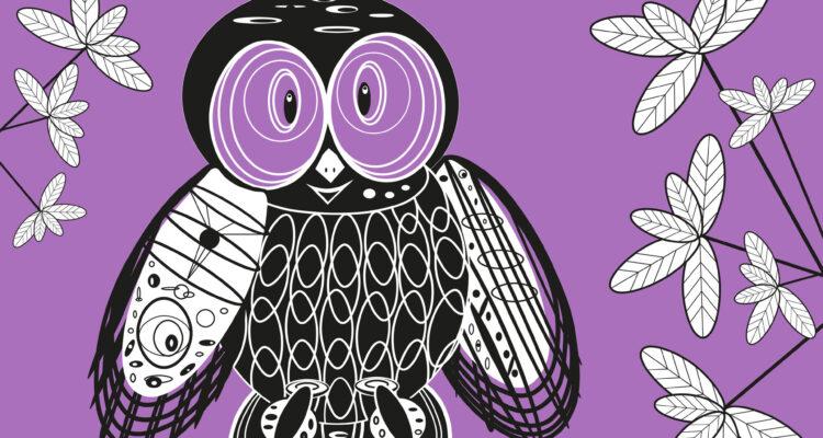 Keudan pöllö. Piirretty mustavalkoinen pöllö violettia taustaa vasten. Reunoilla kasvien lehtiä.
